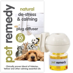 Pet Remedy Natural Plug-in Diffuser & Bottle
